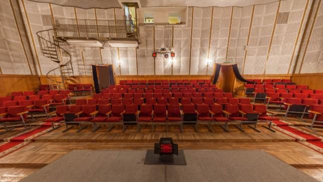 Зал  Гомельский городской молодежный театр  г. Гомель  Беларусь