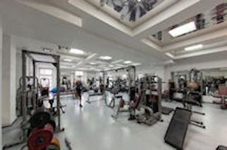 Фитнес-центр BR Национальная школа красоты