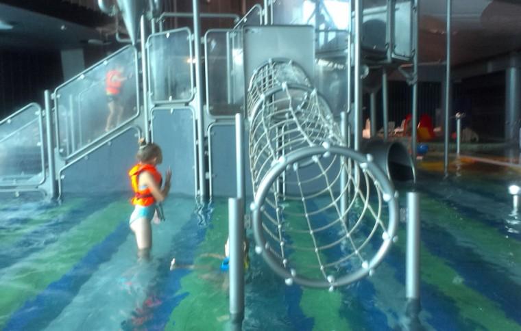 Детская аквазона  для детей старше 3 лет в  аквапарке Фристайл  13 августа 2016 г. Минск  улица Сурганова  4а