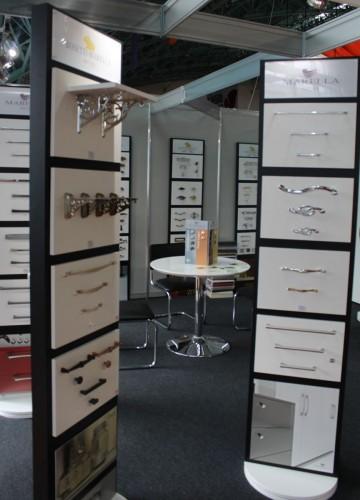 Ручки для дверей  шкафов  на выставке  Мебель - 2017  г. Минск  Футбольный Манеж  с 14 по 17 сентября 2016 года
