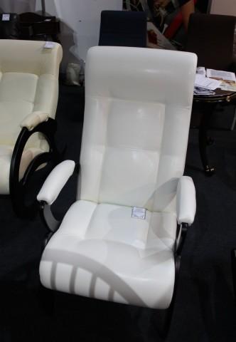 Кресло  на выставке  Мебель - 2017  г. Минск  Футбольный Манеж  с 14 по 17 сентября 2016 года