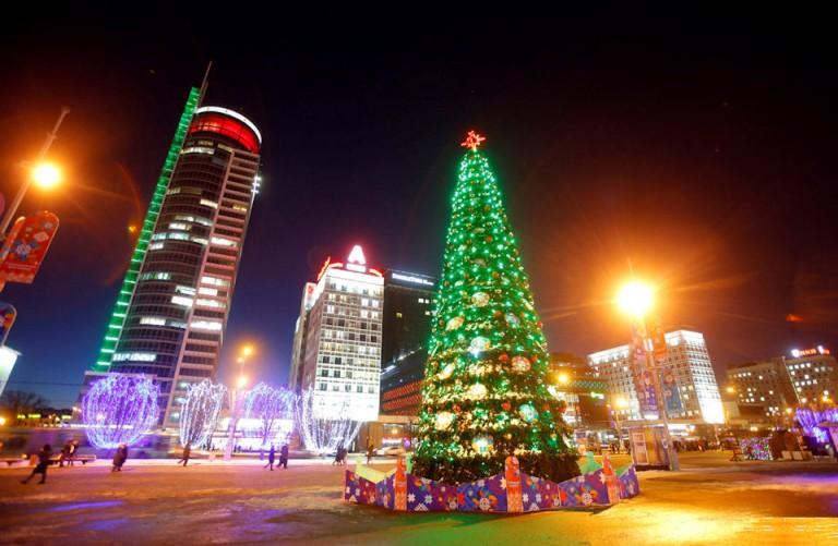 Новогодняя елка  у Дворца спорта  г. Минск  25 декабря 2016