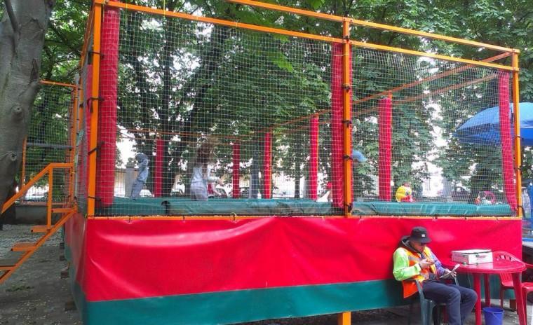 Батут в парке Горького  г. Минск 21 мая 2016