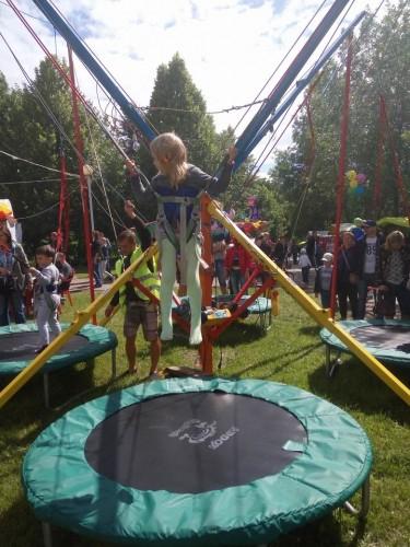 Детские батуты в  парке Павлова   г. Минск 3 июля 2017