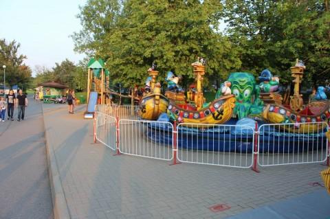 Детская площадка  в Минском Зоопарке  27 августа 2016   г. Минск  улица Ташкентская  40