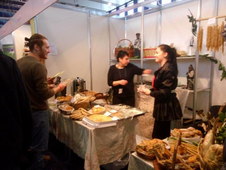 Булочки на  фестивале еды и напитков  Фуд Шоу    4 декабря 2016  г. Минск  Дворец Спорта