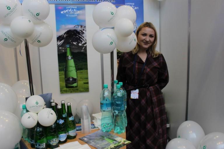 Чистая вода на  фестивале еды и напитков  Фуд Шоу    4 декабря 2016  г. Минск  Дворец Спорта