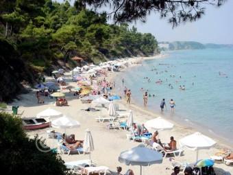 Пляж Криопиги BR на полуострове Халкидики