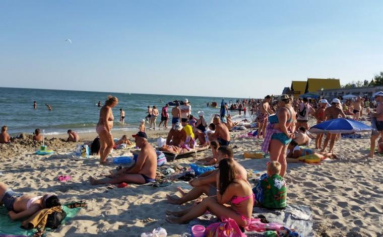 Пляж  на базе отдыха  Рось   в 17:48  14 августа 2016  BR  Затока  Одесская область  Украина