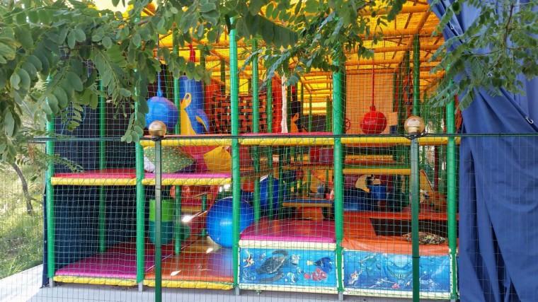 Детский лабиринт  на базе отдыха  Рось   12 августа 2016  Затока  Одесская область  Украина