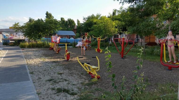 Спортивная площадка  на территории базы отдыха  Рось  Затока  Одесская область  Украина  12 августа 2016