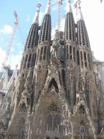 Храм/Собор Святого Семейства  Саграда Фамилиа  BR г. Барселона  Испания