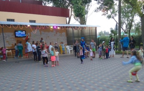 Концертная площадка  фиксики для детей   13 июля 2017  База отдыха  Рось   Украина  Одесская область  Затока