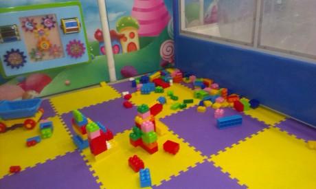 Площадка для малышей BR в детском центре  Карамелька