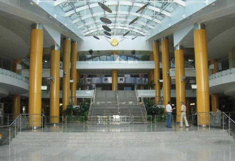 Внутри библиотеки  BR Национальная библиотека Беларуси  г. Минск  Беларусь