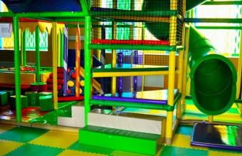 Семейный развлекательный центр  Титан   детский лабиринт  лазерный тир  q-zar  5d-кино  боулинг   г. Минск  Беларусь
