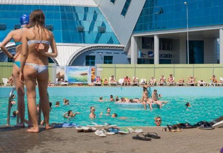 Летняя зона отдыха  обычная площадка   BR на территории Дворца водного спорта  г. Минск  Беларусь