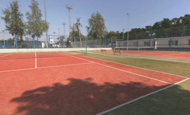 Теннисные корты  BR на территории Дворца водного спорта  г. Минск  Беларусь
