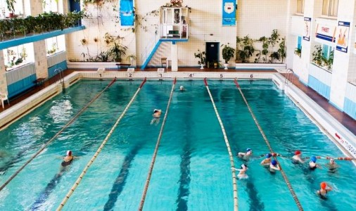 Обучение плаванию <BR>(детей и взрослых) <BR>(Спортивный комплекс 'Лазурный' , г. Минск , улица Козлова,17а)