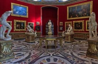 Галерея Уффици  Флоренция BR В музеи произведения Леонардо да Винчи  BR Рафаэля  Тициана  Микеланджело  Караваджо и др.