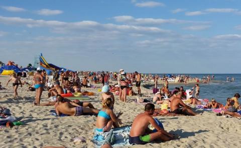 Пляж  на базе отдыха  Рось   в 17:47  14 августа 2016  BR  Затока  Одесская область  Украина