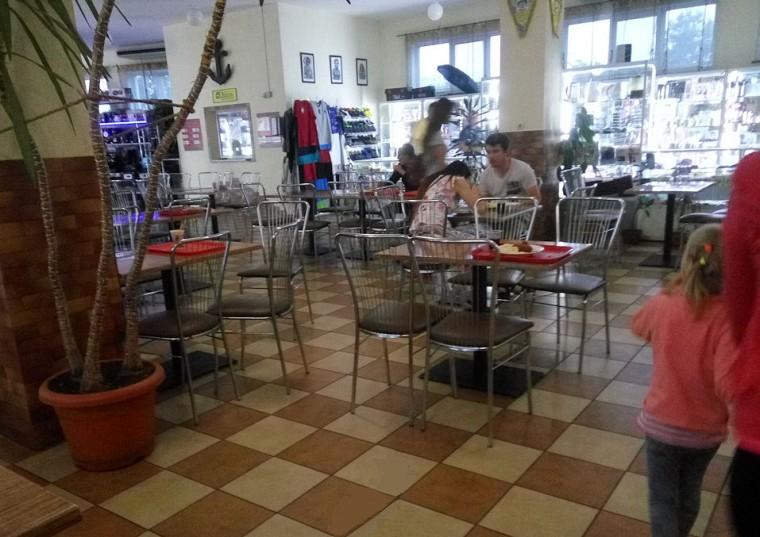 Вторая остановка на Украине   вечер 20:55  11 июля 2017  Остановка возле кафе и магазином