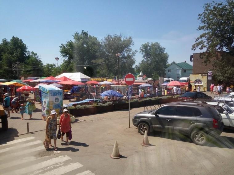Остановка  Солнечная     поселок Затока  утро 11:08  12 июля 2017