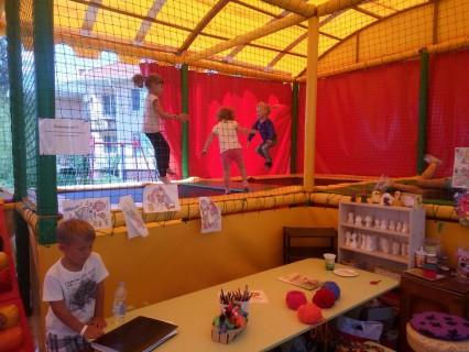 Детский лабиринт  База отдыха  Рось   Затока  Украина  время 12:05  14 июля 2017